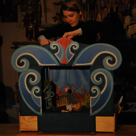 family puppet theatre