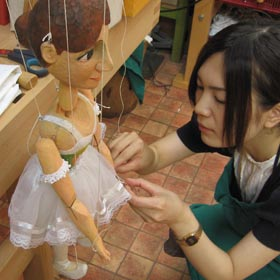 how to make a string puppet walk
